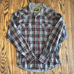 Wrangler Gray Pearl Snap Button Up